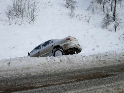 Don't let this happen to you, learn the proper technique to drive safely in the snow!