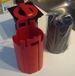 Fluval-G3-Chemical Cartridge preparation - Packing material exposed