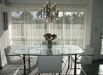 Add elegance and style to your living room! (c) www.curtainfactoryoutlet.co.uk