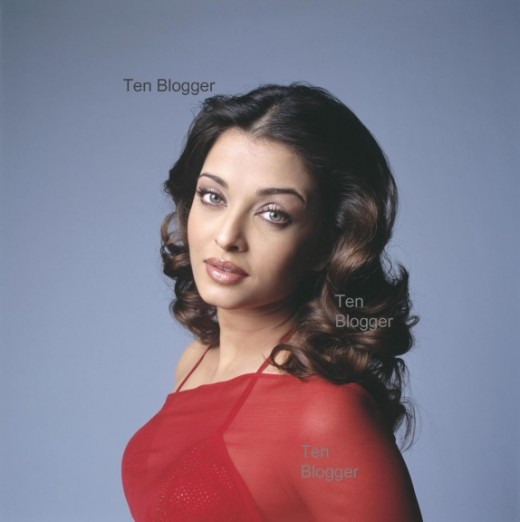 Aishwarya Rai - Red Hot - What's on your mind ?