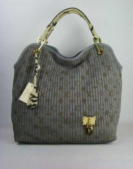 Сумка Louis Vuitton 2201 - Кожаные сумки Louis Vuitton.
