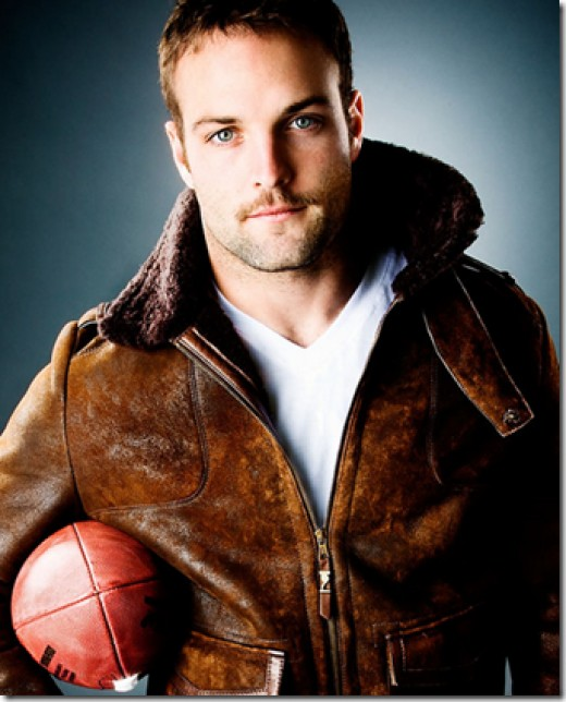 COULD WES WELKER BE ANY SEXIER