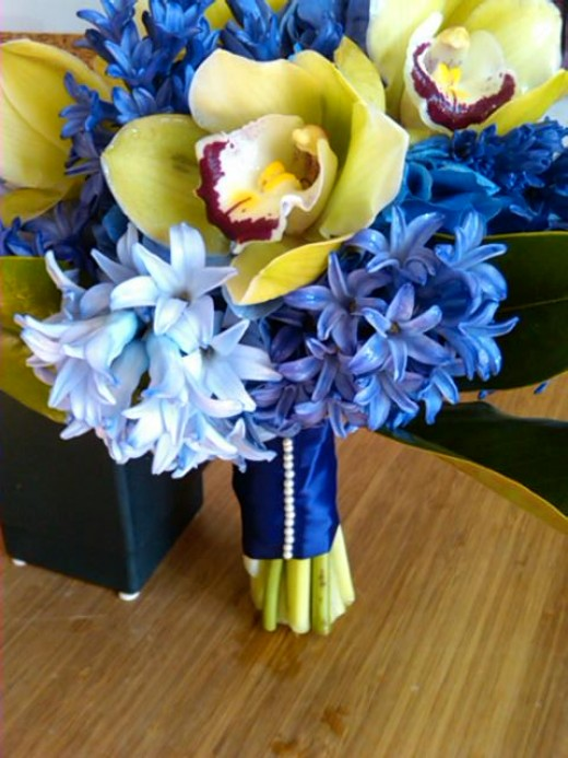 Marine blue and yellow flowers