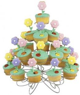 Springtime Garden Cupcakes from Wilton