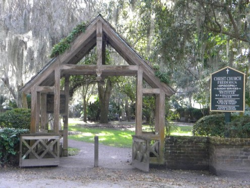 Entrance to Christ Church Grounds