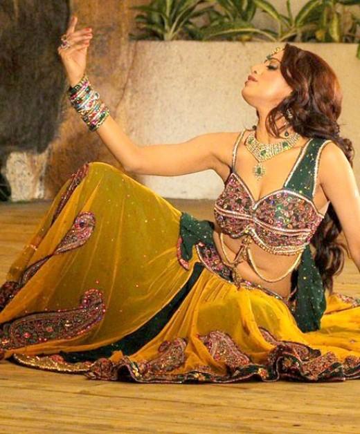 Udaya Bhanu hot