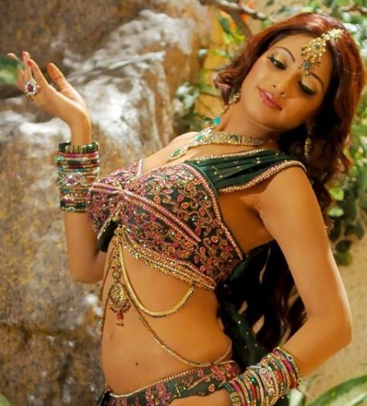 Udaya Bhanu hot pics