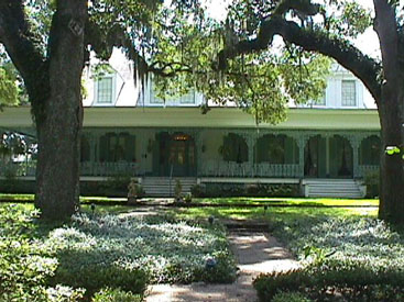 The 205-year-old Myrtles Plantation