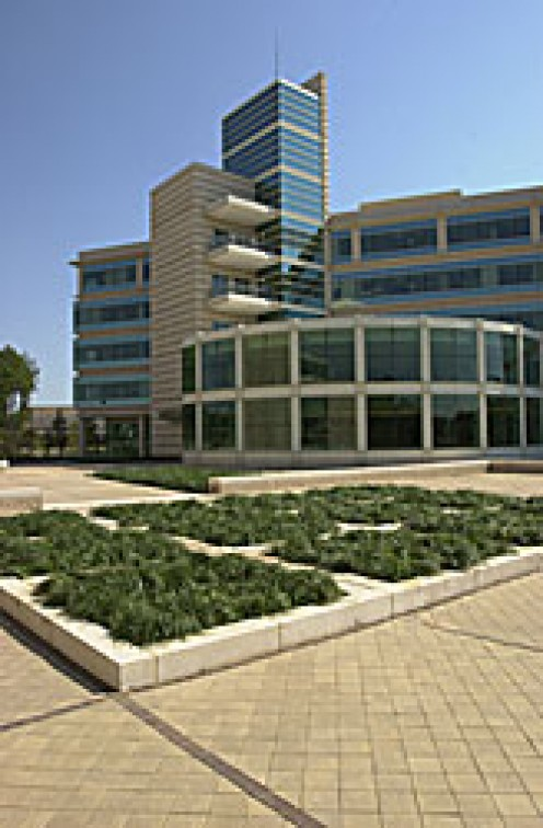 EPA building at Research Triangle Park has won sever awards form 1998 - 2010 (public domain).