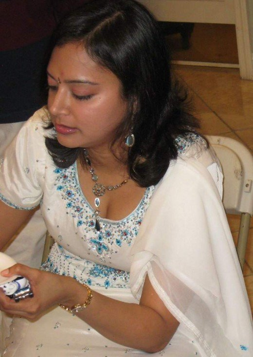 indian hot seductive women and aunties