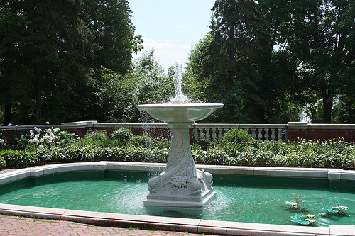 Glensheen Fountain