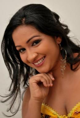 Nadeesha Alahapperuma Sri Lankan Teledrama Actress