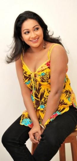 Nadeesha Alahapperuma Beautiful Sri Lankan Girl Actress