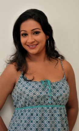 Nadeesha Alahapperuma Beautiful Sri Lankan Girl Actress