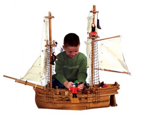 Maxim Toy Pirate Ship