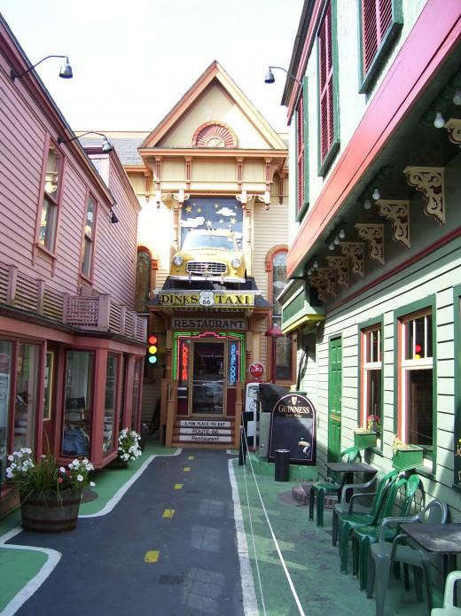 Dinks Taxi-Bar Harbor.
