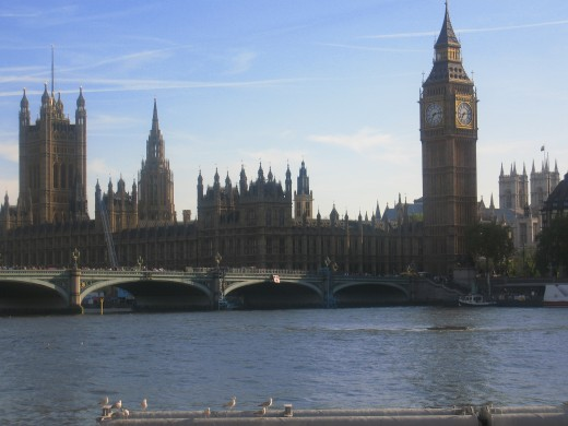 View of The Houses of The Parliament and Big Ben from Marriott London County Hall