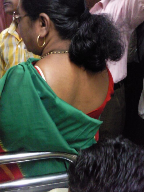 Indian Aunty Back Image 9