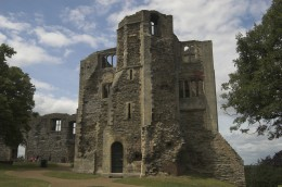 Remains Of The Front Tower Of Newark Castle by Tancread