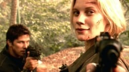 Starbuck (Katee Sackhoff) and Anders (Michael Trucco)