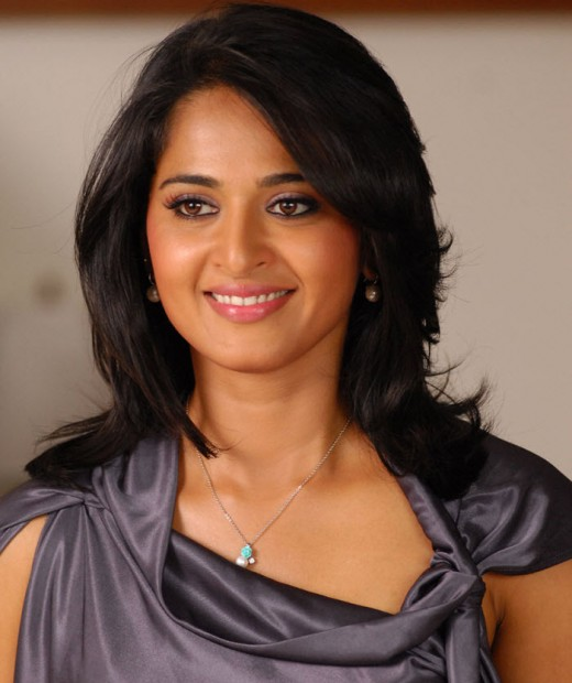 Anushka Shetty Hot and sexy images, stills, photos and pictures
