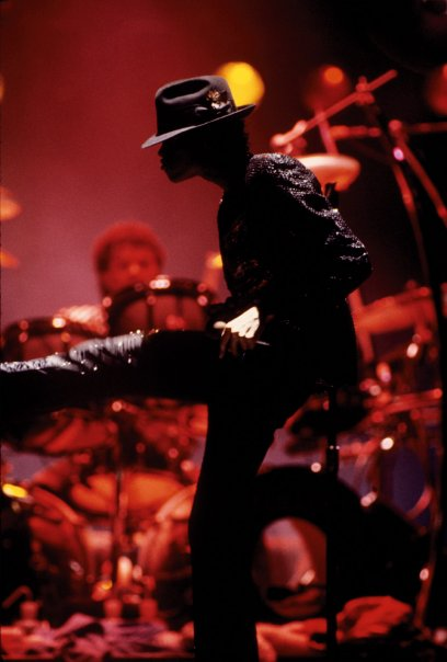 Another Smooth Criminal Move..LIVE on Stage