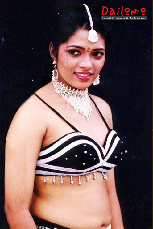 Masala photos of Hot Tamil Abitha Aunty