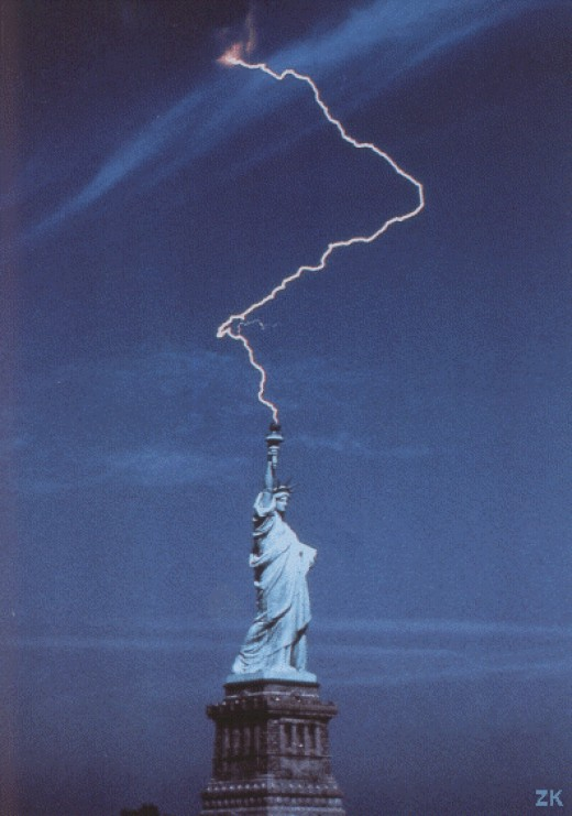 Statue of liberty lightning strikes