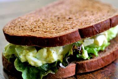Egg salad sandwich www.saidaonline.com