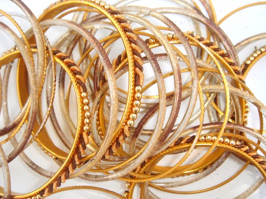 Keep in mind the texture that you want when you buy bangles.