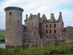 The Checkered History Of Scotland Castles