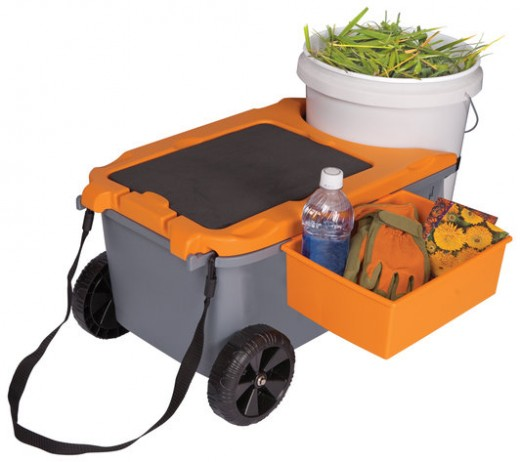 FISKARS Rolling Garden Caddy and Seat