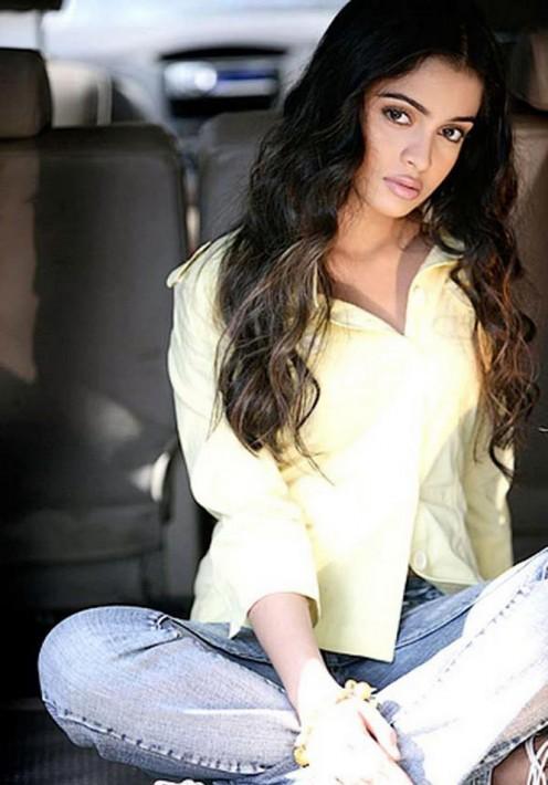 Sheena Shahabadi pics
