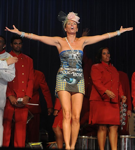 Adriane Galisteu Queen in 2010 Carnival by Foto BR