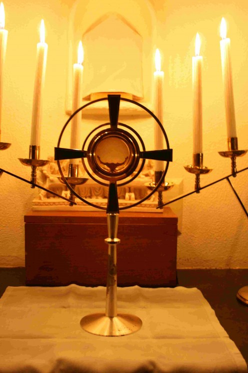 The monstrance on the altar of repose