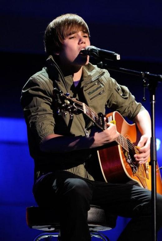 Celebrity Oops Pictures-Justin Bieber