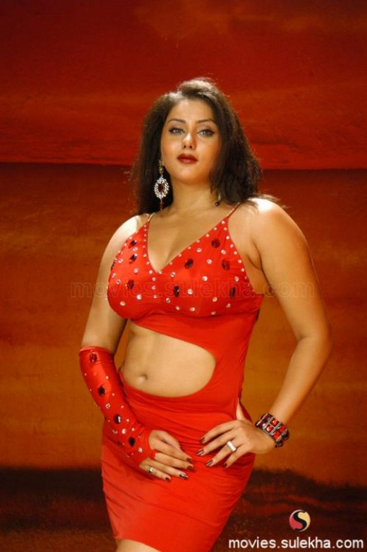 TAMIL ACTRESS NAMITHA  WALLPAPERS