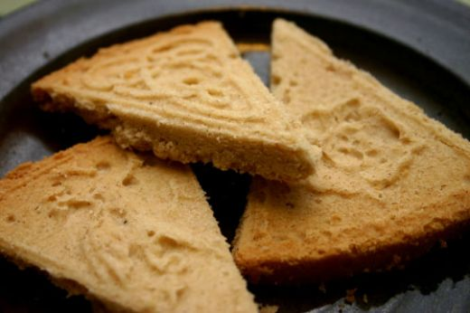 Traditional molded shortbread from hubpages.com