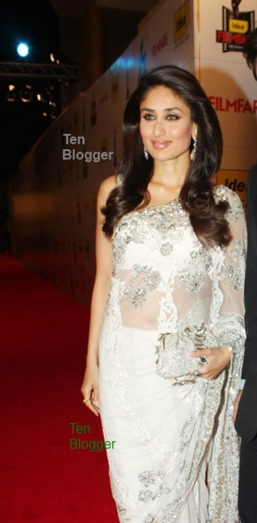 Kareena Kapoor Beautiful white Designer Saree.