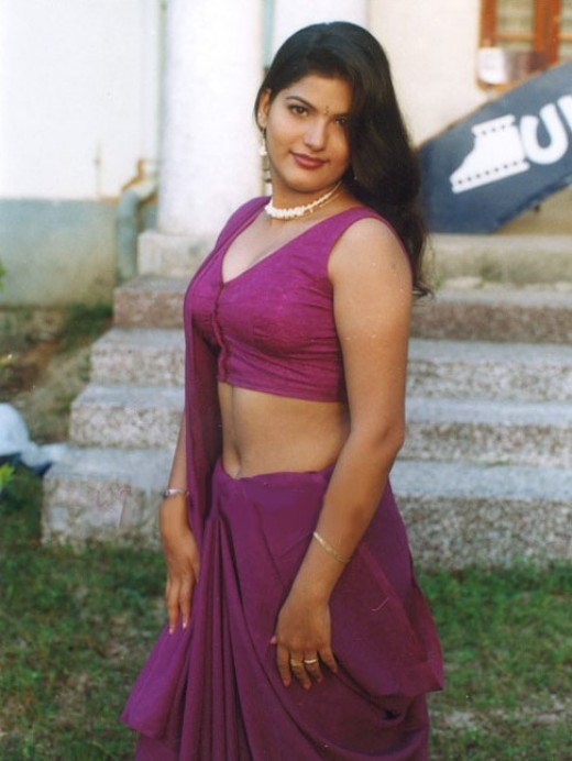 hot saree pics