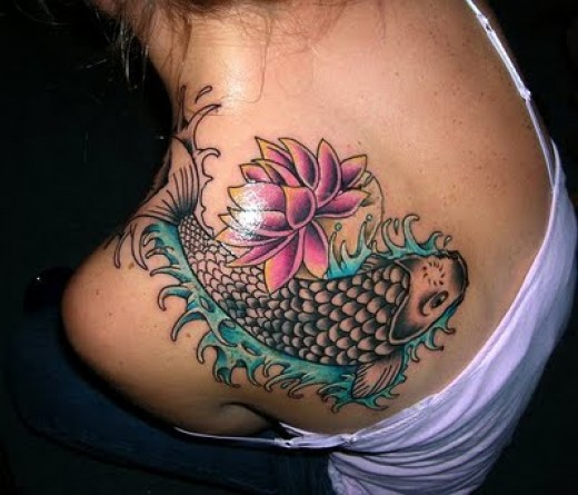 tattoos for girls on shoulder. Love this koi fish tattoo on