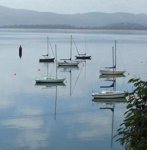 Tamar River, Tasmania, Australia Photo: Lissie