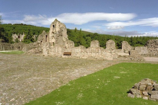Kildrummy Castle (courtesy of RCAHMS Canmore website)