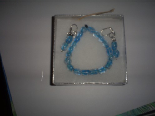 I made a bracelet and matching earrings.  (Photo By Sweetiepie On Hubpages)