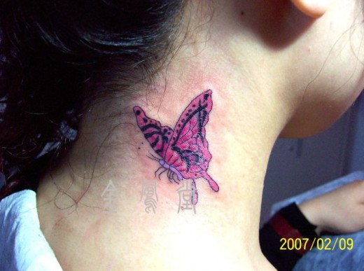 butterfly-and-flowers-on-neck-