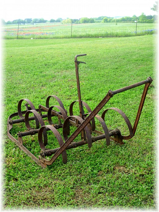 """Yard """"art"""" at Windy Winery"""