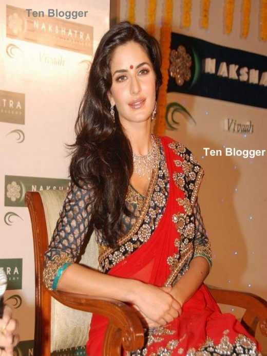 Katrina Kaif - showing off new trendy Gold Necklaces