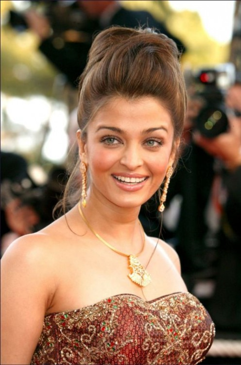 Aishwarya Rai Blue Film | Aishwarya Rai Photos | Aishwarya Rai Wallpapers Image 3