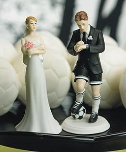 Humorous wedding figurine