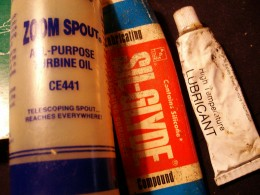 Use the specified lubricants.  Other lubricants may shorten the life of parts and cause premature failure.